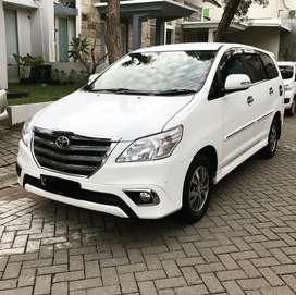 Toyota Innova V Diesel Matic 2015