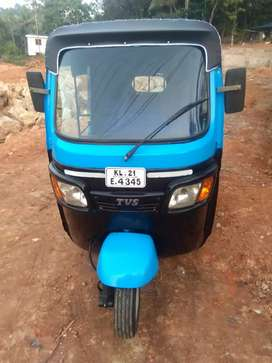 Tvs petrol 4 stroke private autoriksha