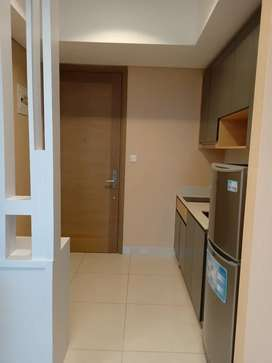 3 bedroom size 65 sqm city view Taman Anggrek Residence 100 juta/thn