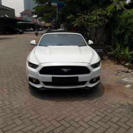 FORD MUSTANG 2.3 2017 KM 2300 ONLY!!