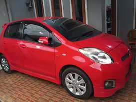 Toyota yaris E 2012 manual