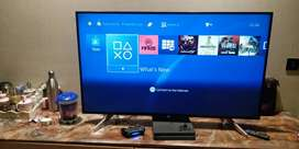 PS4 Slim 2020 with dualshock controller Mint Condition (3 month's old)