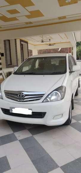 2007 model Toyota Innova, private number.