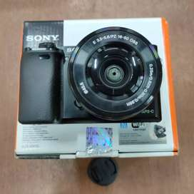 Sony Alpha 6000 kit 16-50mm