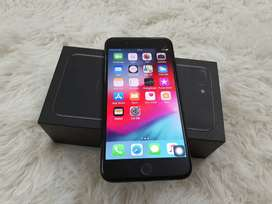 Refurbished i phone top model available at best price