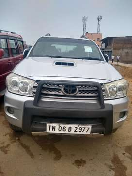 Toyota Fortuner 4x4 Manual Limited Edition, 2010, Diesel