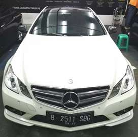 Di jual Mercedes benz e250 coupe amg 2011,low km,warna favorite White