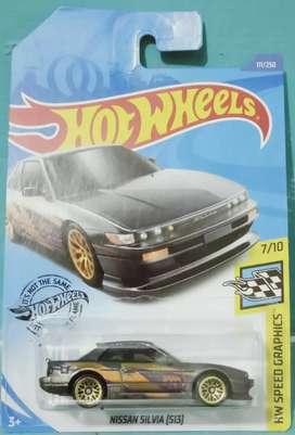 Hotwheels Nissan Silvia skala 1/64