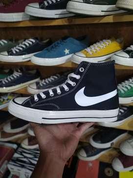 Sepatu Converse 70s High Smile Nike Black White