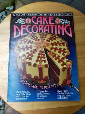 Buku Impor Vintage Cake Decorating 1980