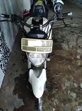 byson 2013 minus stnk 8.500 (Raharja Motor)