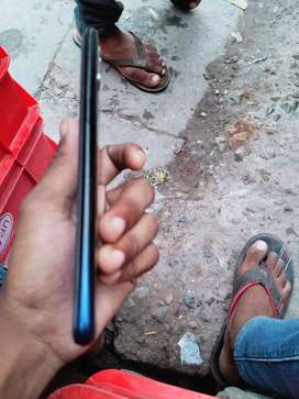 Relme UI  3 ) 32 hai no problems very good phone  12  old  my mobile