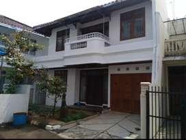 Rumah disewakan di Cipinang