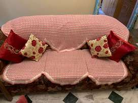 5 Seater sofas in good condition