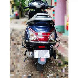 Honda ACTIVA 125 Scooty for sale with all valid papers and documents.