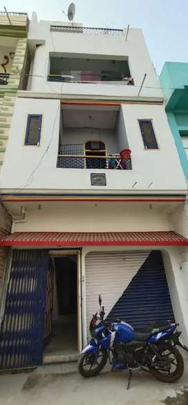 3 storeyed building for sale.