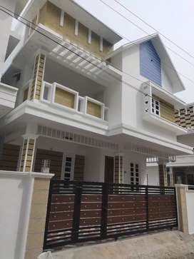 Vyttila Near gold souk 4 bedroom brand New House