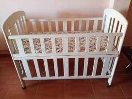 Tempat tidur bayi 1 set