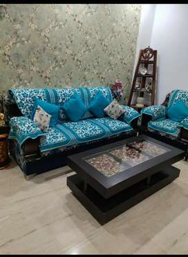 5 seater sofa and center table with corner  just 1 years old