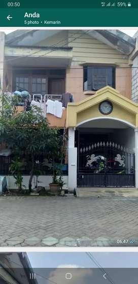 Rumah aset Bank murah dua lantai daerah Manukan Surabaya