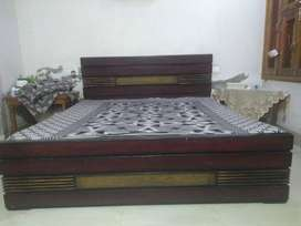 Solid wood Bed and dresser for sale