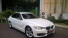 BMW 320 D (Diesel) th 2015 / White Black / LOW Miles