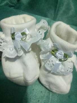 Preloved Sepatu baby girl / NB. Lucu dan manis