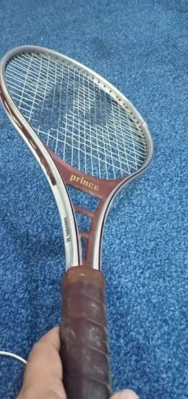 Tennis racket prince import from UK