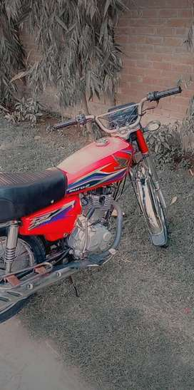 Honda 125 good condition documents clear