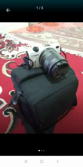 Dijual camera mirrorless Canon m2