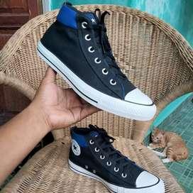 Sepatu Converse hi blue second bekas preloved no.41.5