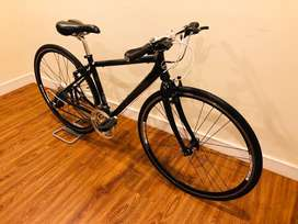 Giant Escape R3 Hybrid Bicycle