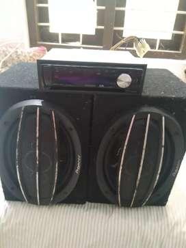 Kenwood car stereo with pioneer speaker