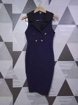 Midi dress wanita.