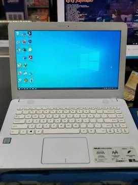 Dijual Laptop Asus core i3 Model terbaru