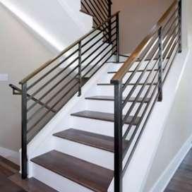 Pagar tangga kiri-kanan