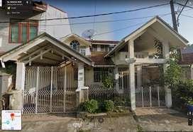 Rumah di Pusat Kota Padang Belakang Transmart