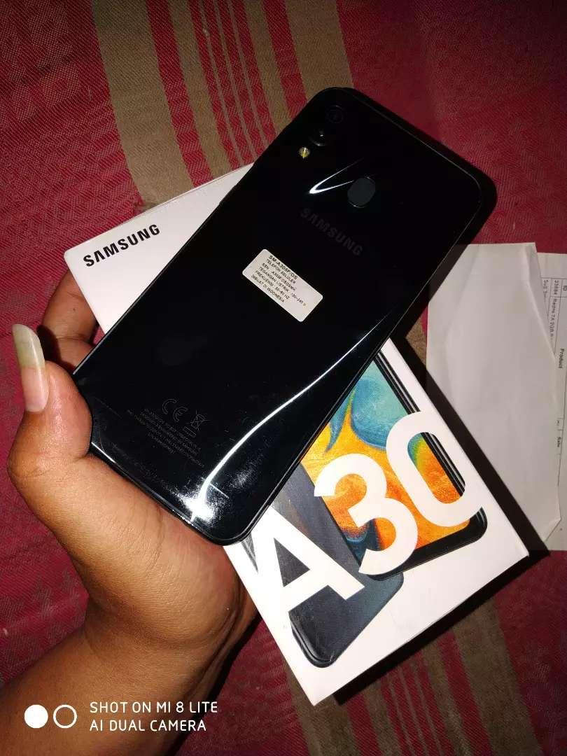 Samsung galaxy A30 4/64gb 0