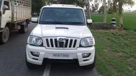 Mahindra Scorpio VLX 2WD Airbag AT BS-IV, 2011, Diesel