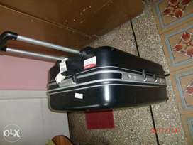Trolly suitcase