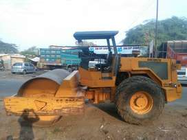 Soil compactor / tandem roller available on rently basis.