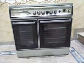 Corona cooking range with baking oven and grill