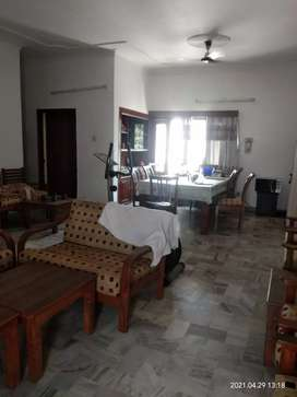 One Kanal house 3bhk independet first floor for rent