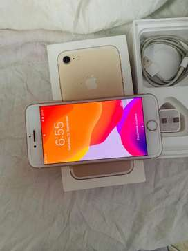 Out class condition iphone 7/128Gb