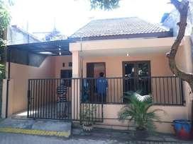 Sewa Rumah Surabaya dekat Pintu Tol dan Stasiun Pasar Turi