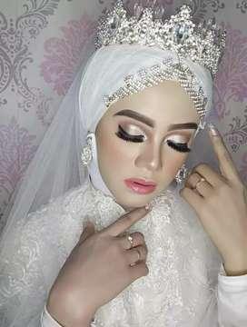 Rias pengantin dan makeup artist