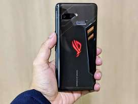 Asus Rog Phone 2 is on sale and in very good condition with warranty.