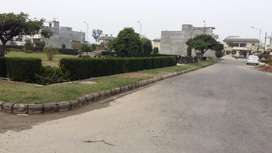 150sq/yd plot in colony on meerankot link road