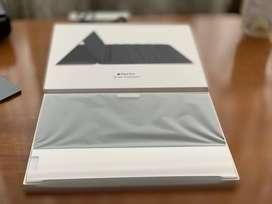 Original Apple Smart Keyboard for iPad -UNUSED, MINT Condition