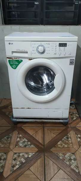Washing machine front loading